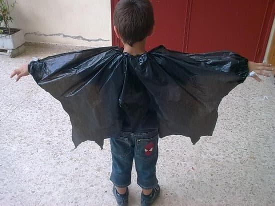 disfraz-de-vampiro-reciclado